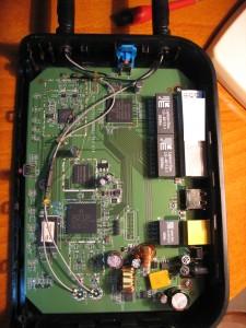 Belkin F6D6230-4 v1 inside