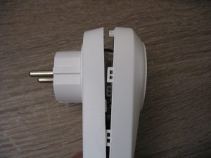 the socket pried from the side